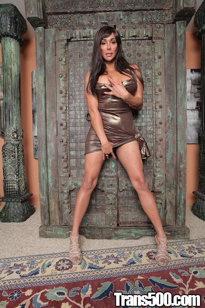 Vaniity Desires Herself A Massive Dick In Her Tight Ass!