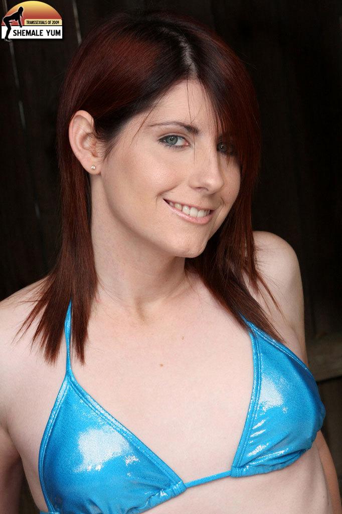 Flirtatious Femboy Star Amy Daly