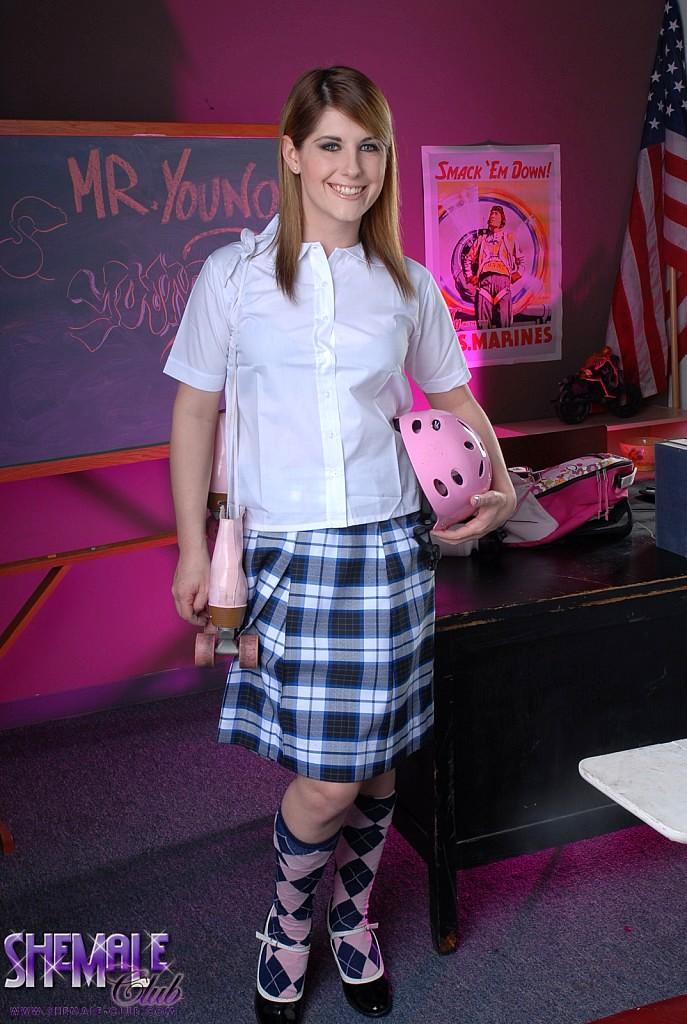 Schoolgirl Amy Fingers In Class
