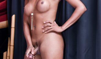 Beautiful Bikini For Kissable Yasmin!