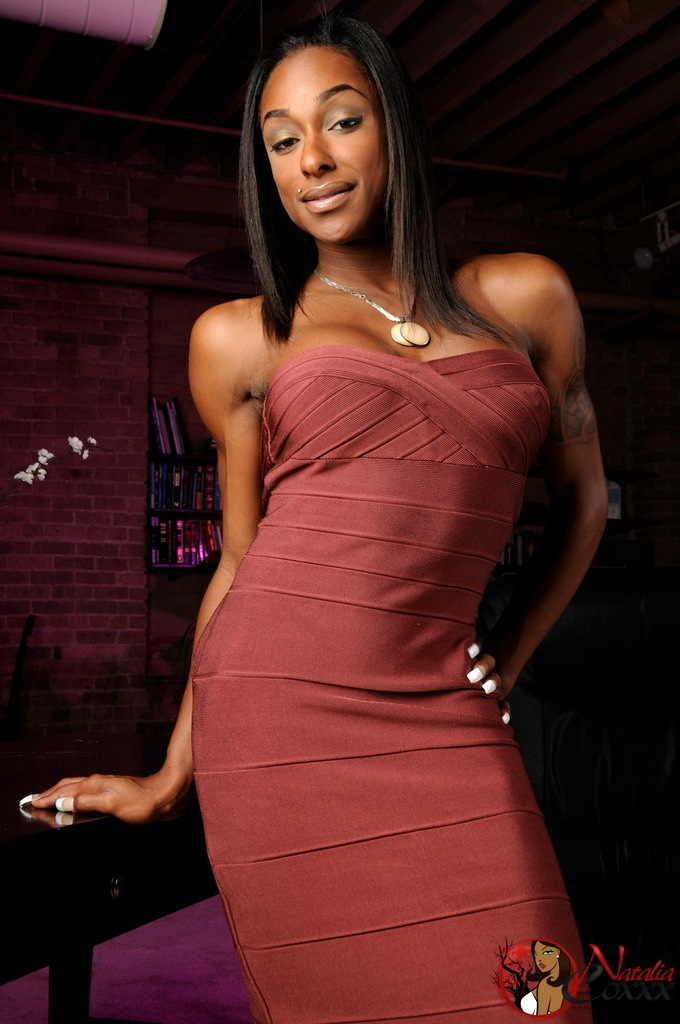 Stunning Ebony Transsexual Goddess Natalia Coxxx Posing